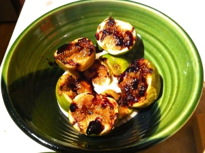Grilled Figs with Balsamic Vinegar Reduction on Brown Sugar Yoghurt