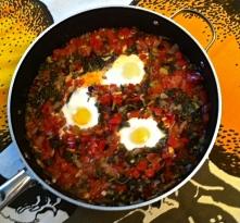 Easy Sunday dinner: Spanish Veggie & Eggs