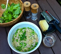 Fresh Pea, Crab & Goat Cheese Pasta